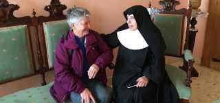 Entrega de cheque a Hermanitas de los Ancianos Desamparados